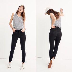 """Madewell 9"""" Mid Rise Skinny Faded Black Jeans 30"""